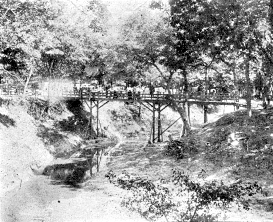 17_Bridge over Waxa Creek.jpg