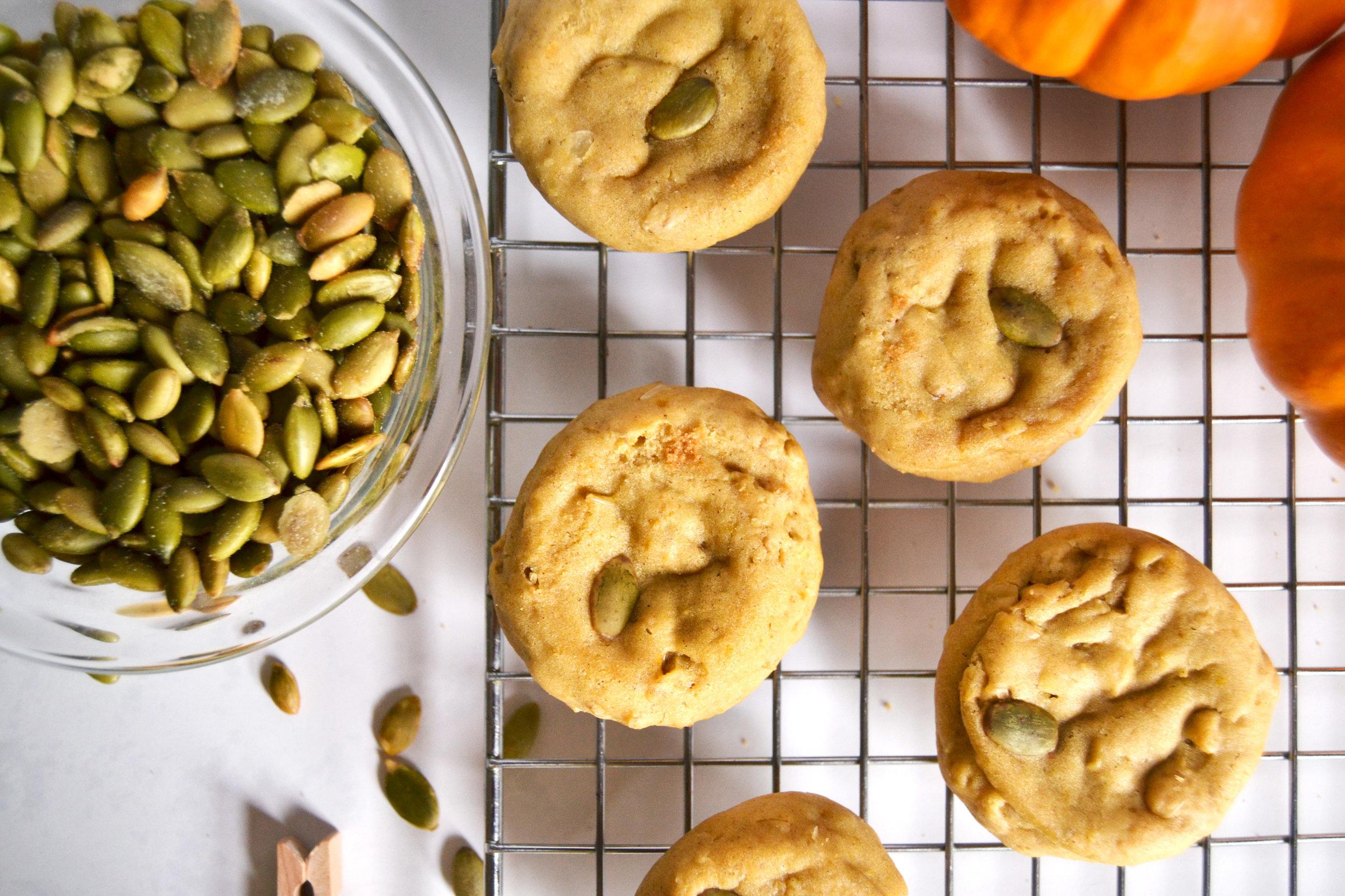 """Harvest Smash"" Pumpkin and Oat Seasonal Cookie | kitchenmillie.com"