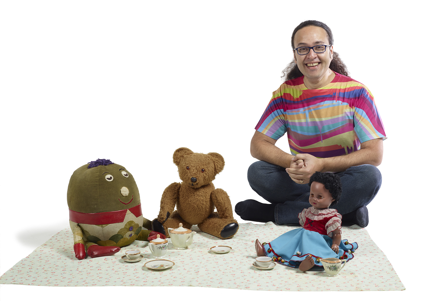 Chris working with the cast of NZ's 'Play School' TV series
