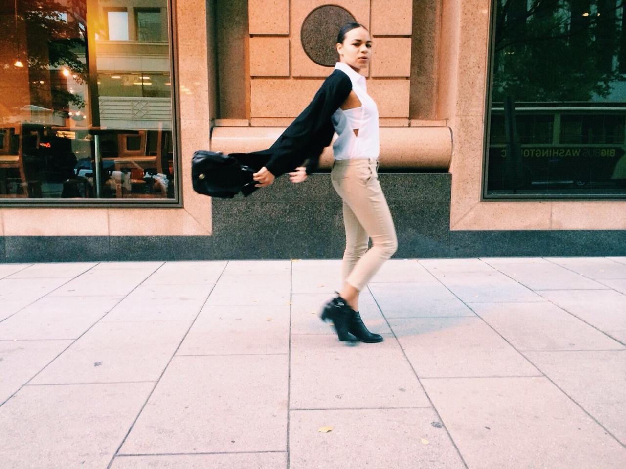 wearing: juicy couture khakis, nasty gal top, vintage silk cardigan, zara boots, vintage leather bag