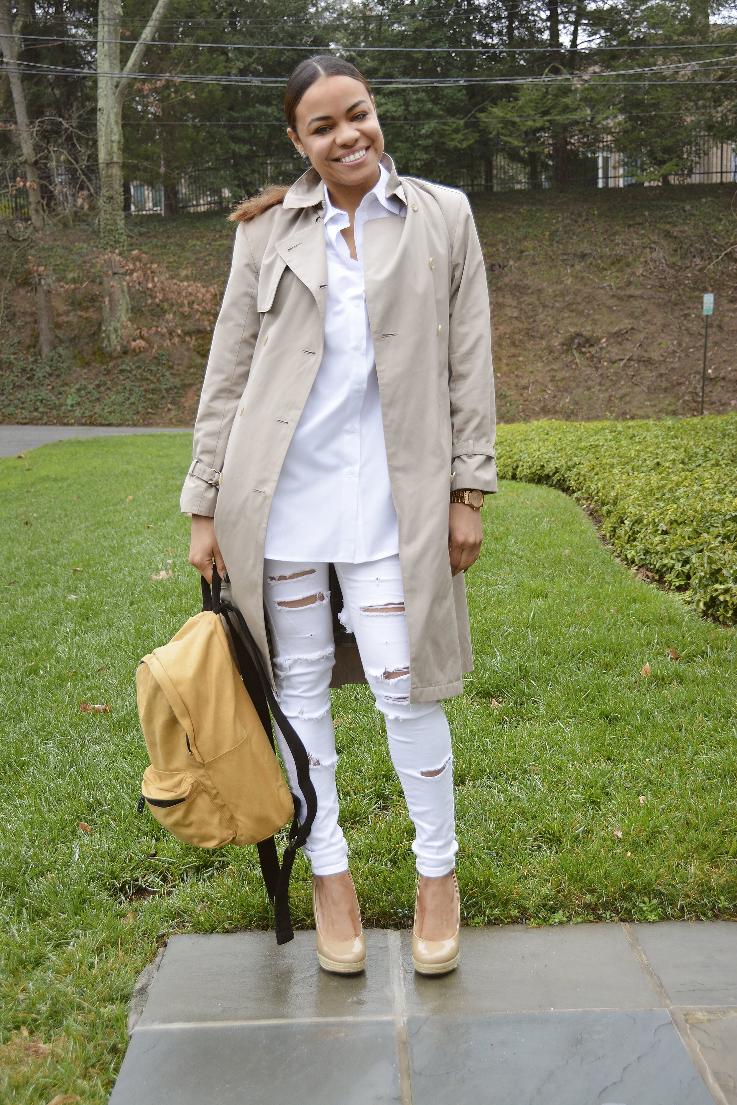 wearing: Zara pants, Betsy Johnson shoes, ASOS top, London Fog trench coat, bag from Urban Outfitters