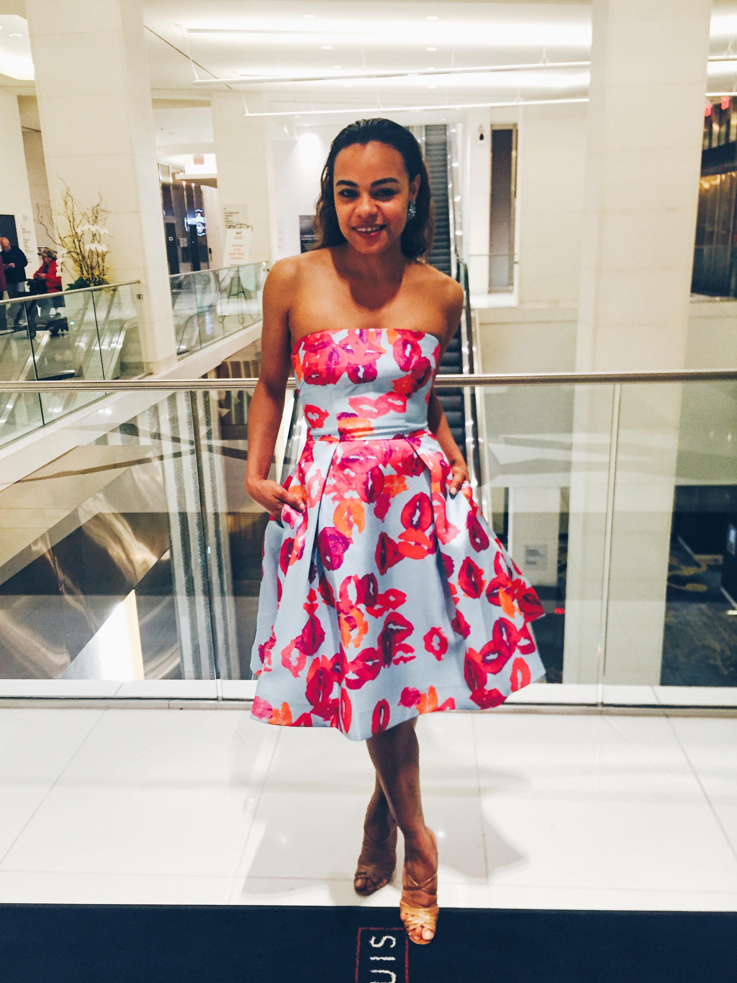Wearing: ML Monique Lhullier dress, Manolo Blank heels, Oscar de la Renta earrings.