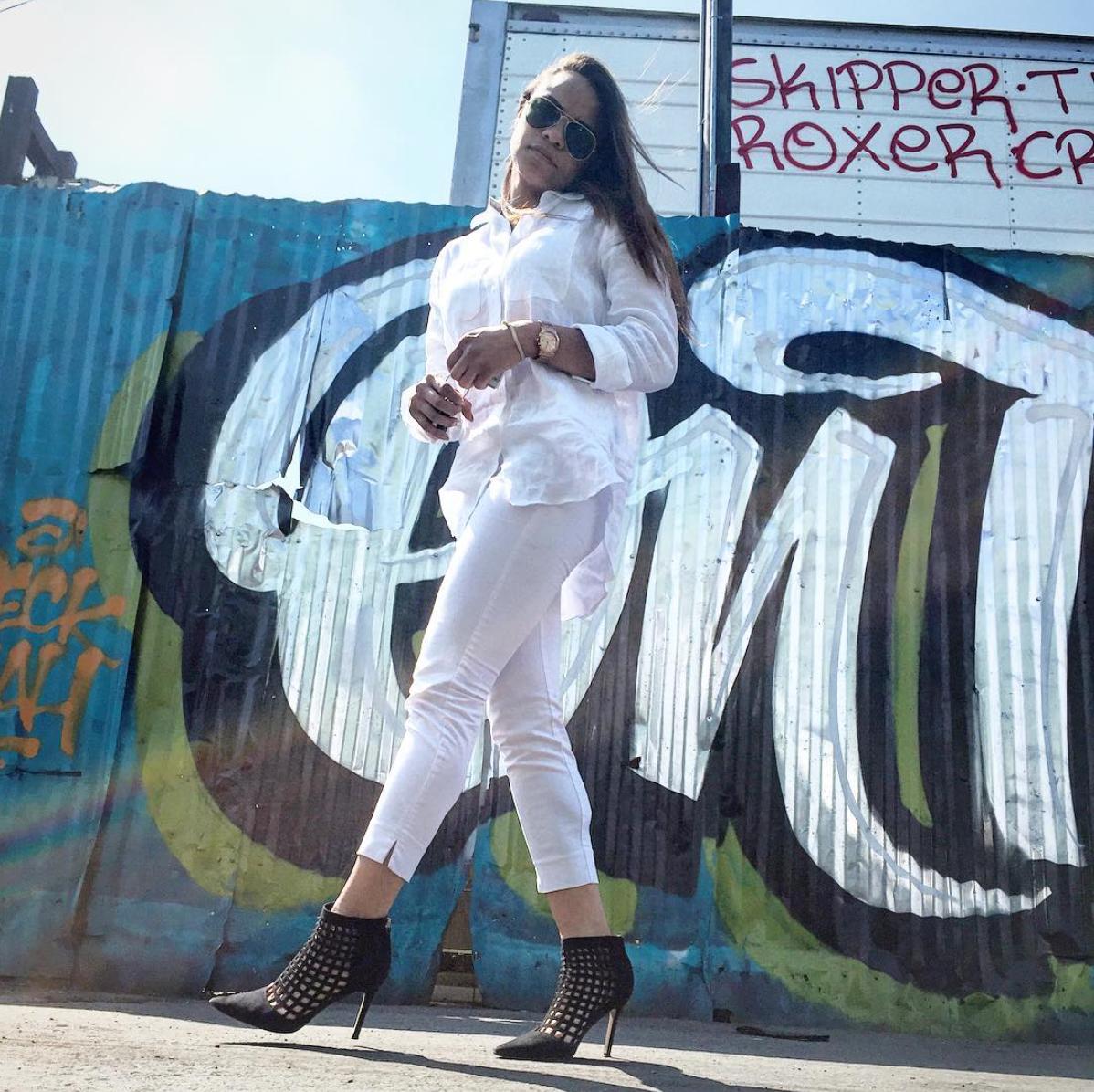 wearing: H&M pant, LAUREN Ralph Lauren linen top, ALDO shoes, Ray Ban sunnies