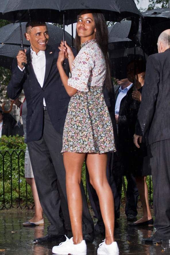 Malia-Obama-Barack-Obama-Cuba-Miss-Vogue-22March16-PA_b_592x888.jpg
