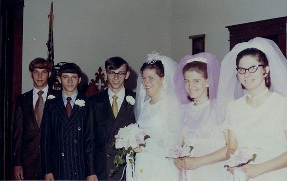 Roger Fenner & Patty Seafert (center), 31 July 1971.