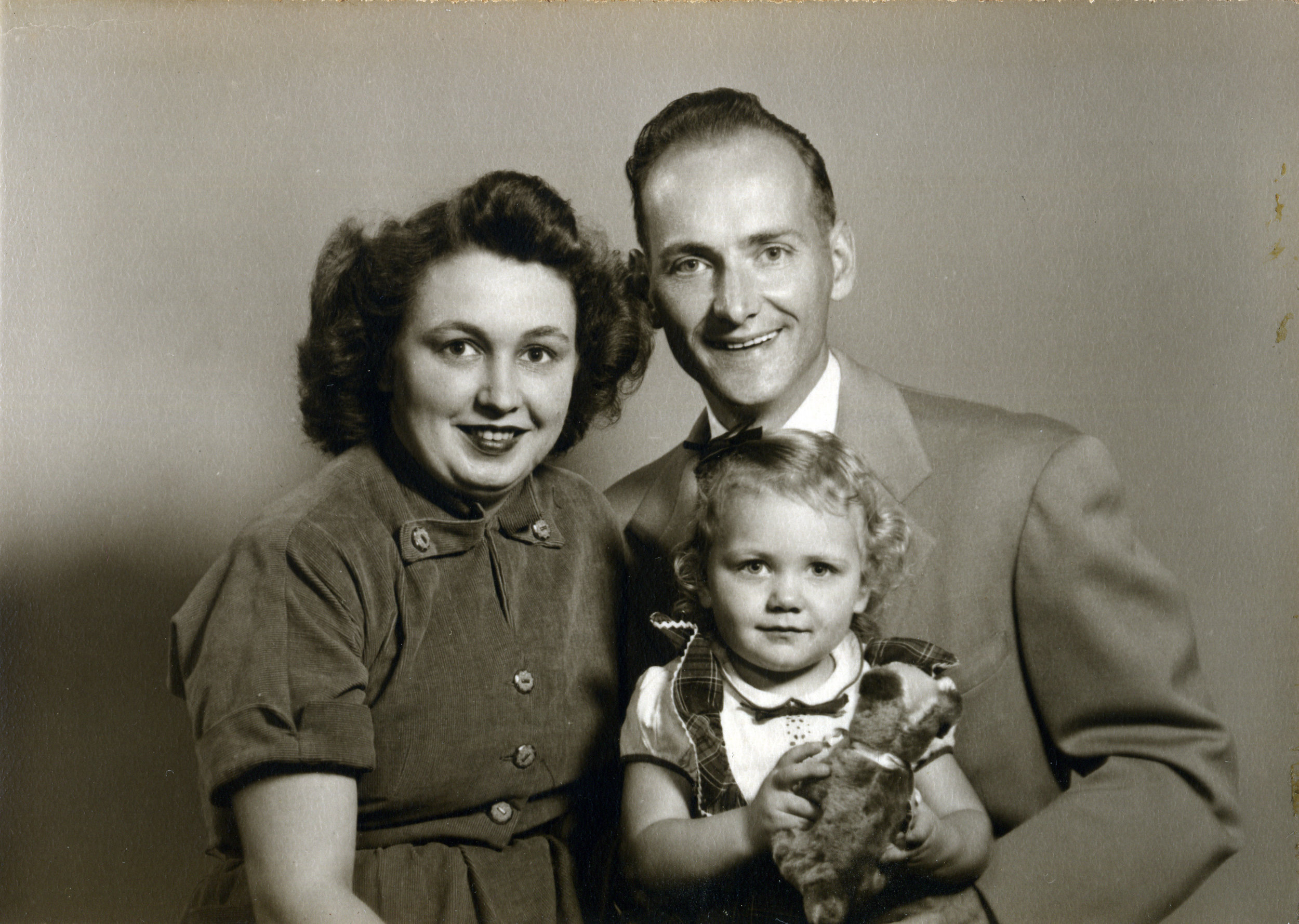 Robert, Geraldine,and Linda, ca. 1949.