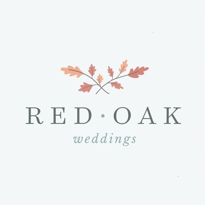 How to pick your wedding venue blog post written by Desi Zavala. Includes a photograph taken by Jill Nobles of Smile Peace Love Creative. The photo in question was taken at the Full Moon Resort in the Catskill Mountains of New York.