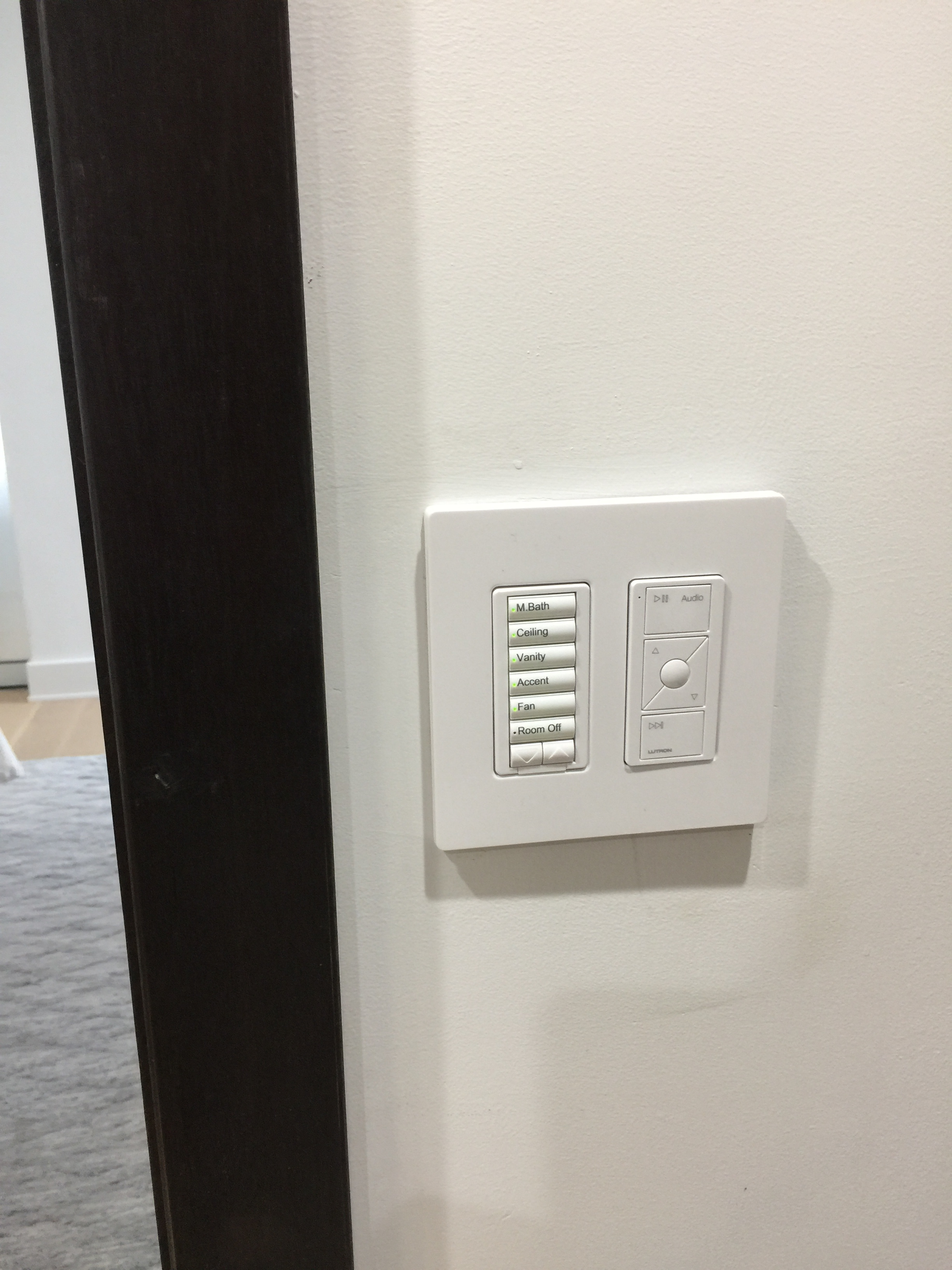 Lutron Keypad for Light and Sonos