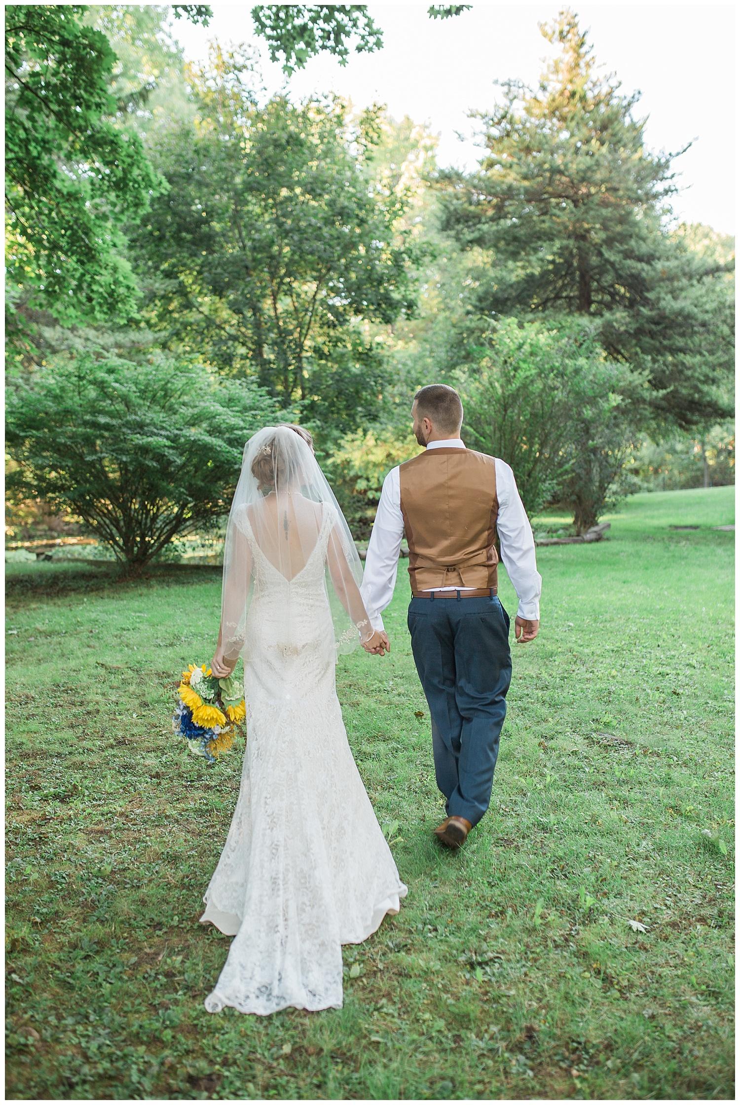 Harding - #ezinlove Caledonia NY Camp Wedding 150.jpg