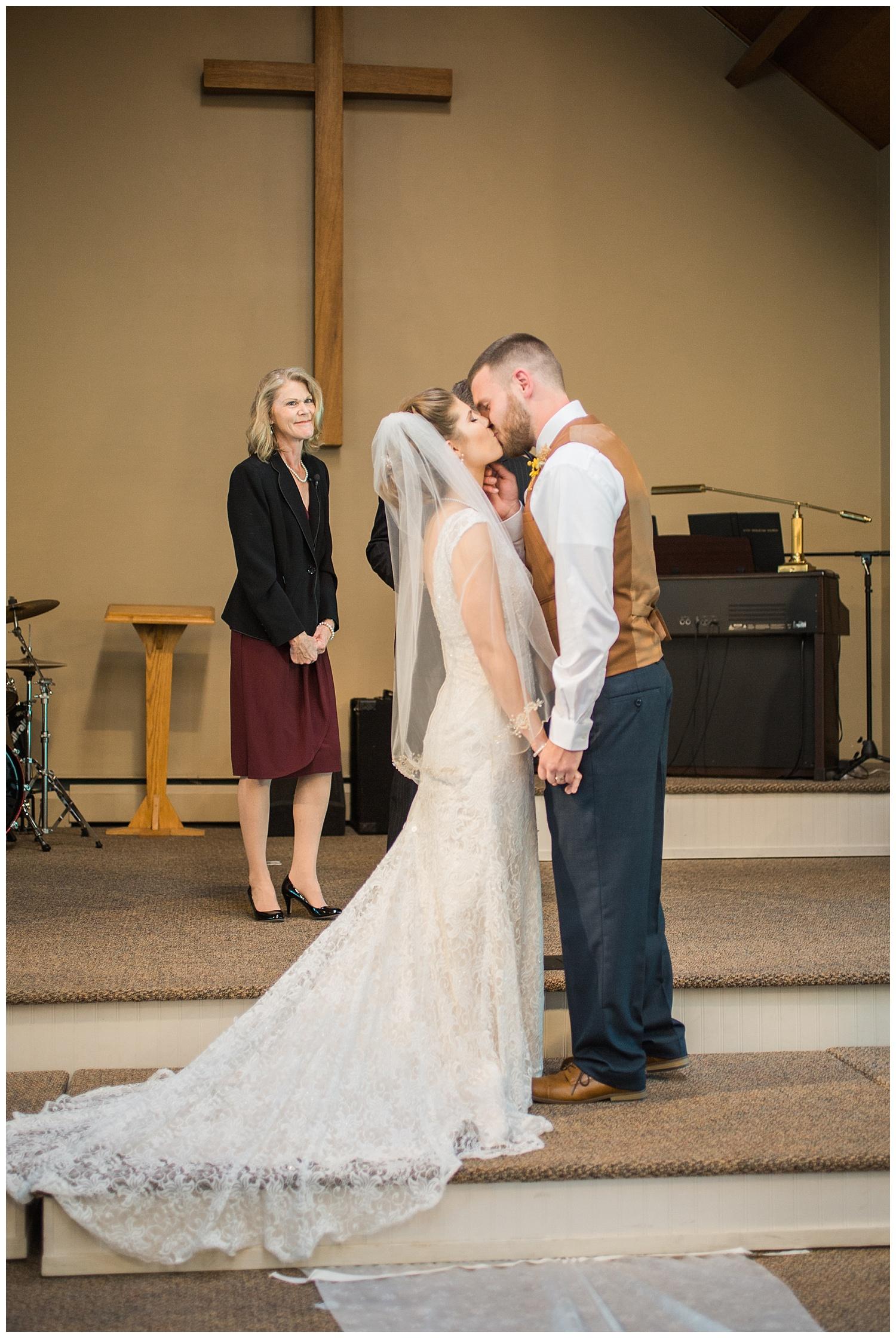 Harding - #ezinlove Caledonia NY Camp Wedding 65.jpg