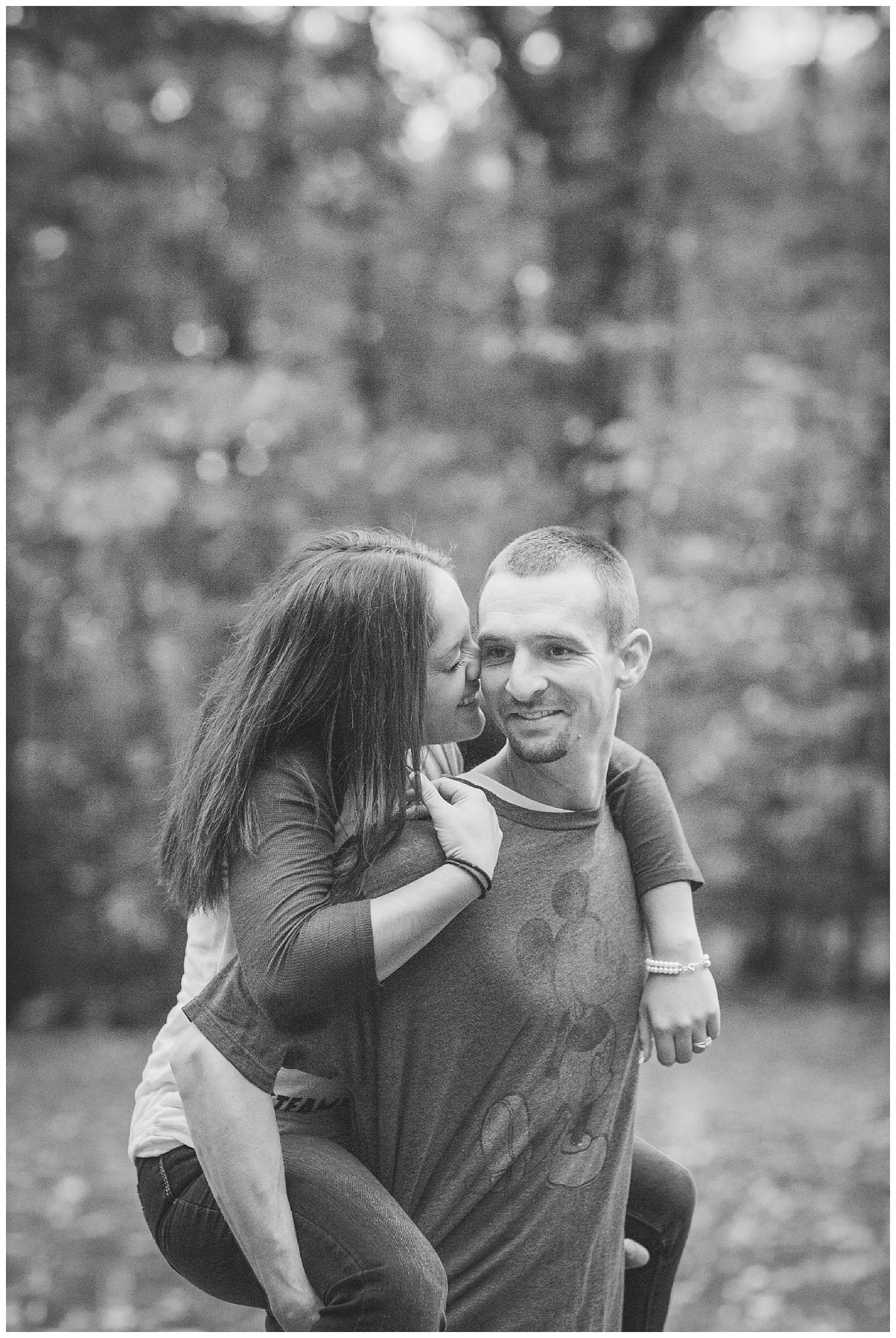 Gina and Tony - Engagement session - letchworth state park - lass and beau_0559.jpg