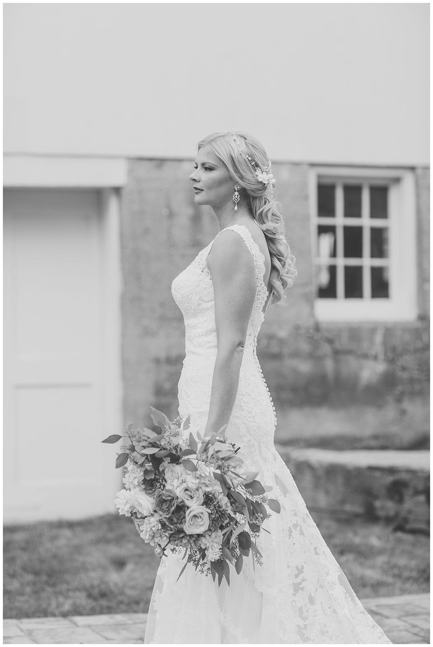Kellie and Andrew Fitch - Avon Century Barns - Lass and Beau-174_Buffalo wedding photography.jpg