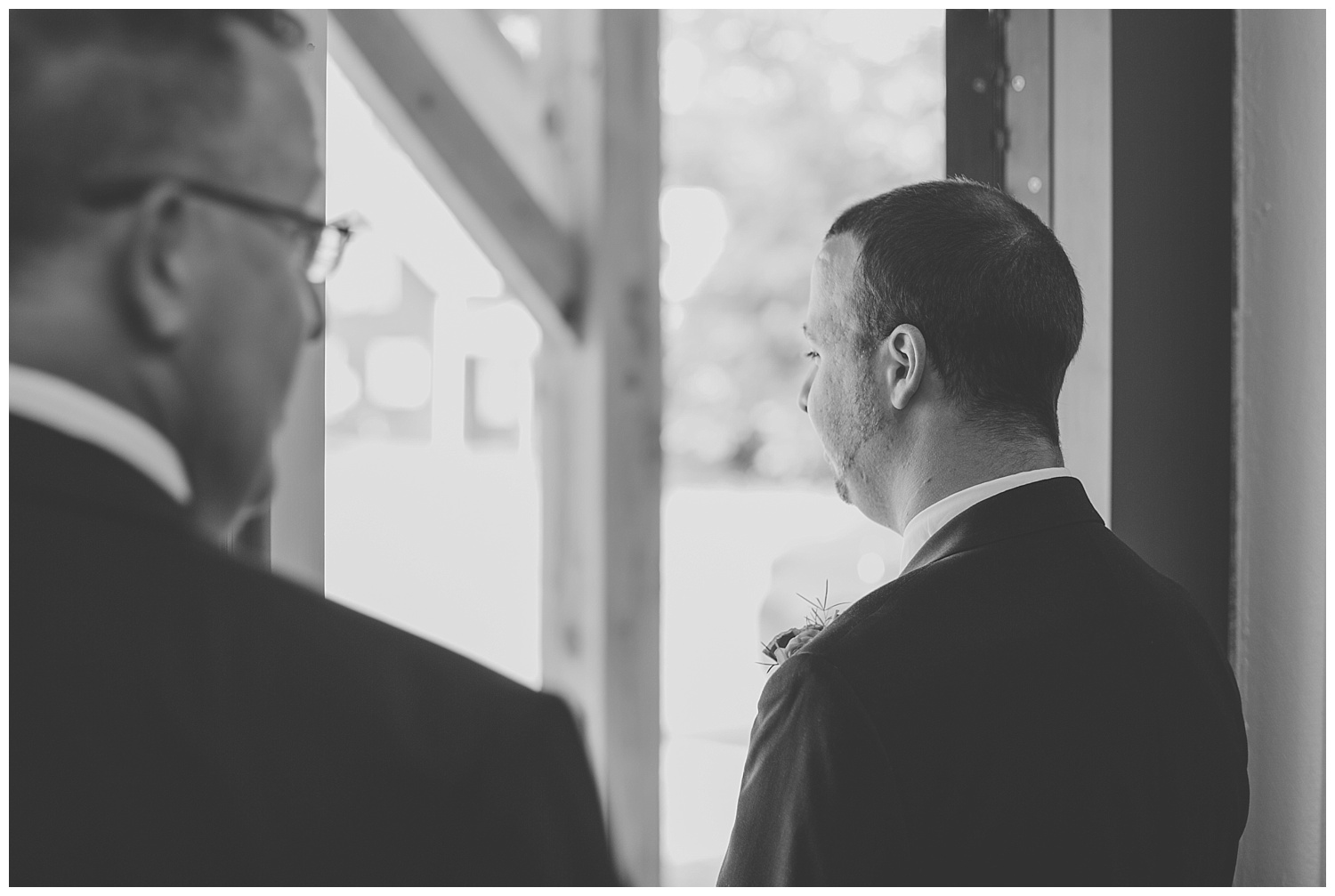 Chris and Leanne Hindle - Nugget Hill - Wayland NY - Lass and Beau-124_Buffalo wedding photography.jpg