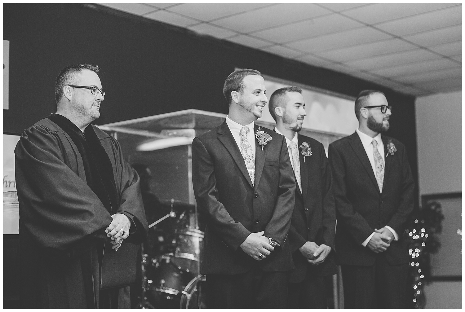 Chris and Leanne Hindle - Nugget Hill - Wayland NY - Lass and Beau-228_Buffalo wedding photography.jpg