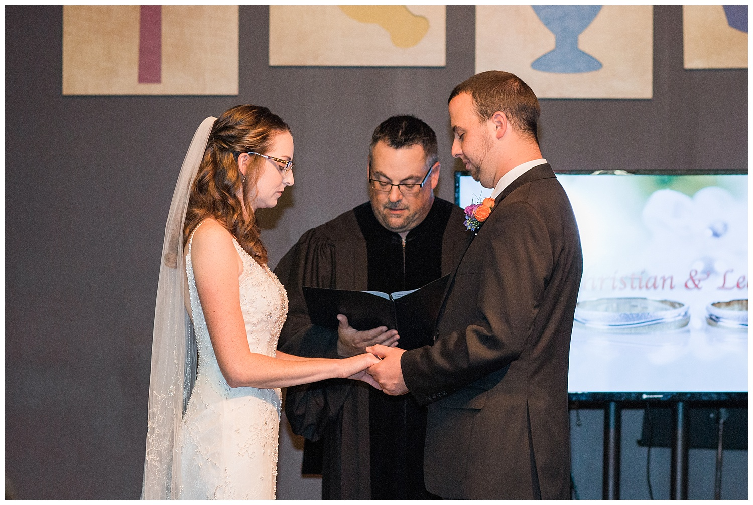 Chris and Leanne Hindle - Nugget Hill - Wayland NY - Lass and Beau-314_Buffalo wedding photography.jpg