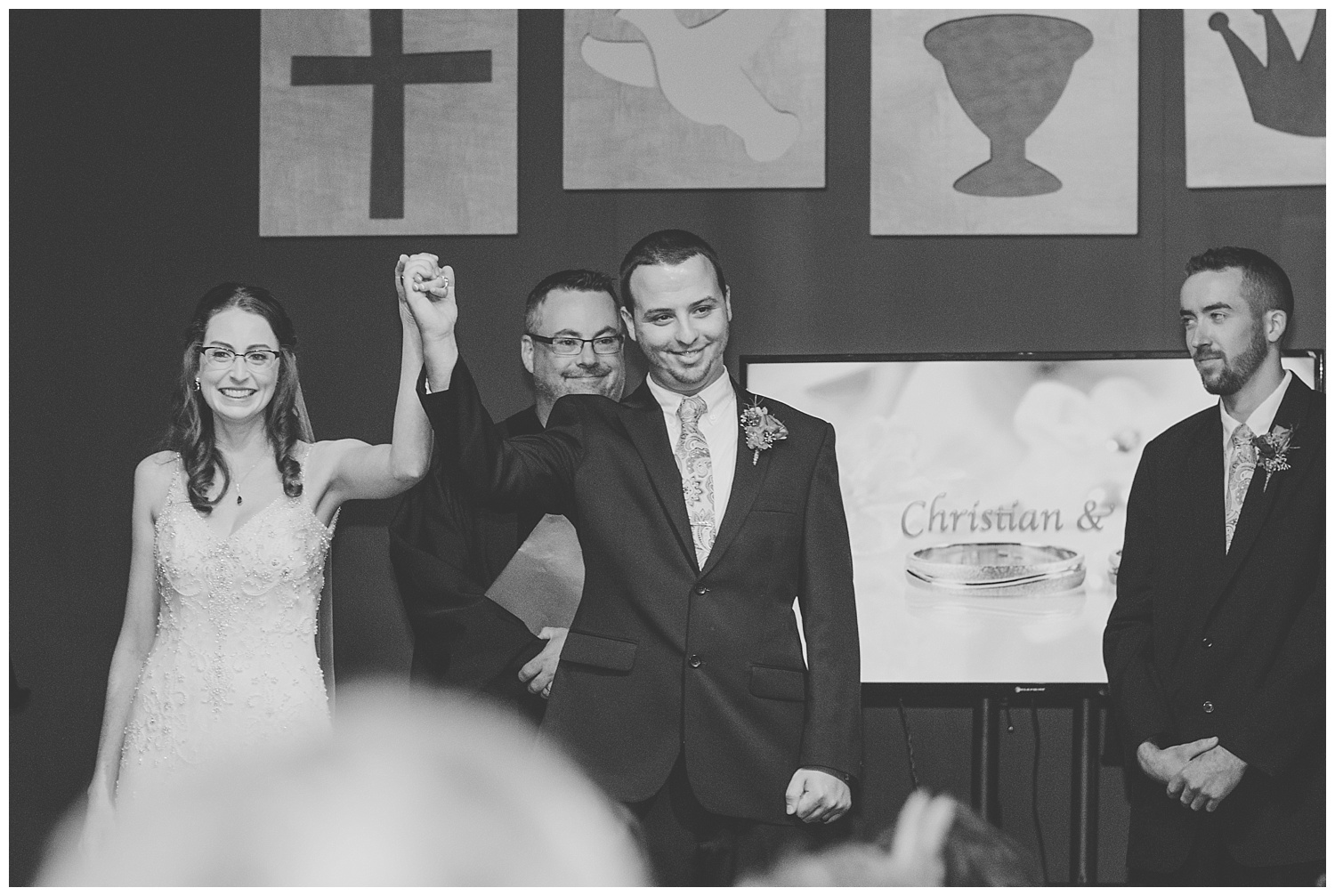 Chris and Leanne Hindle - Nugget Hill - Wayland NY - Lass and Beau-344_Buffalo wedding photography.jpg