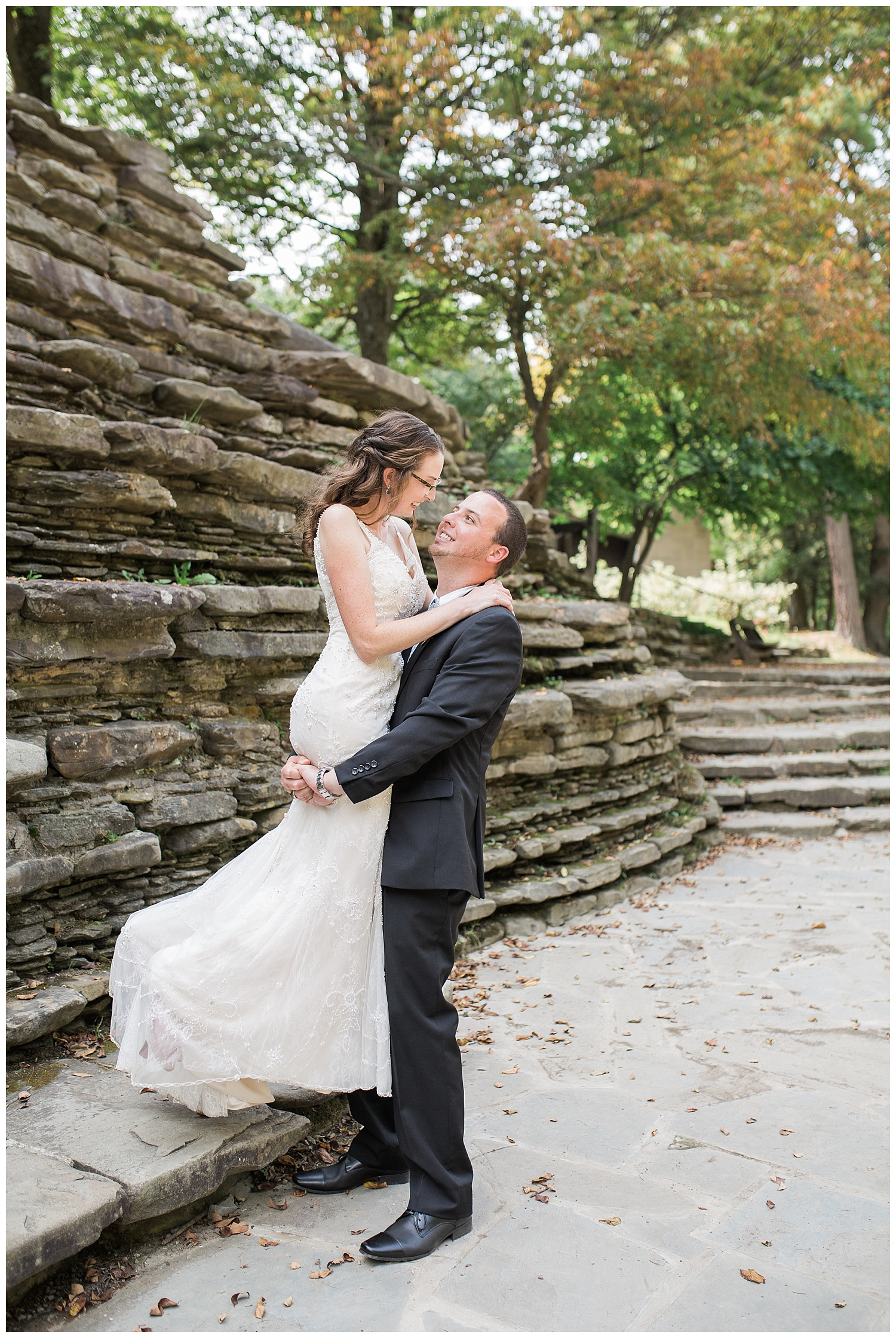 Chris and Leanne Hindle - Nugget Hill - Wayland NY - Lass and Beau-690_Buffalo wedding photography.jpg
