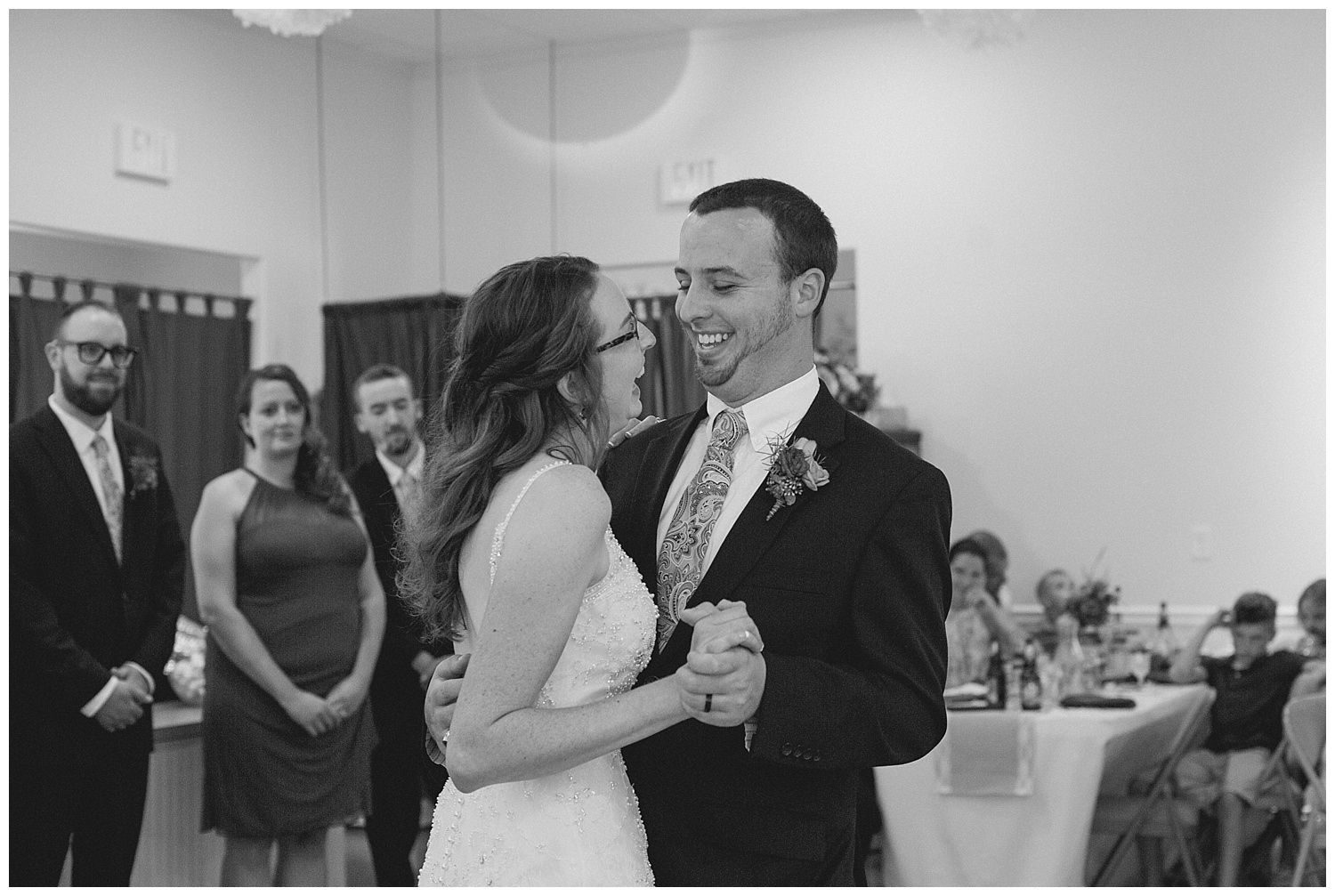 Chris and Leanne Hindle - Nugget Hill - Wayland NY - Lass and Beau-777_Buffalo wedding photography.jpg