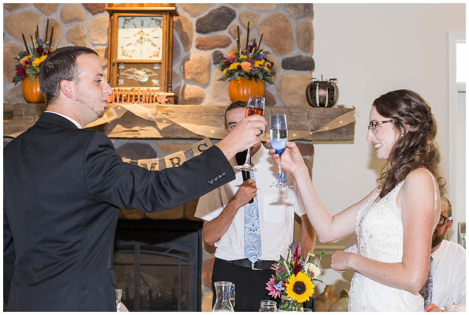 Chris and Leanne Hindle - Nugget Hill - Wayland NY - Lass and Beau-884_Buffalo wedding photography.jpg