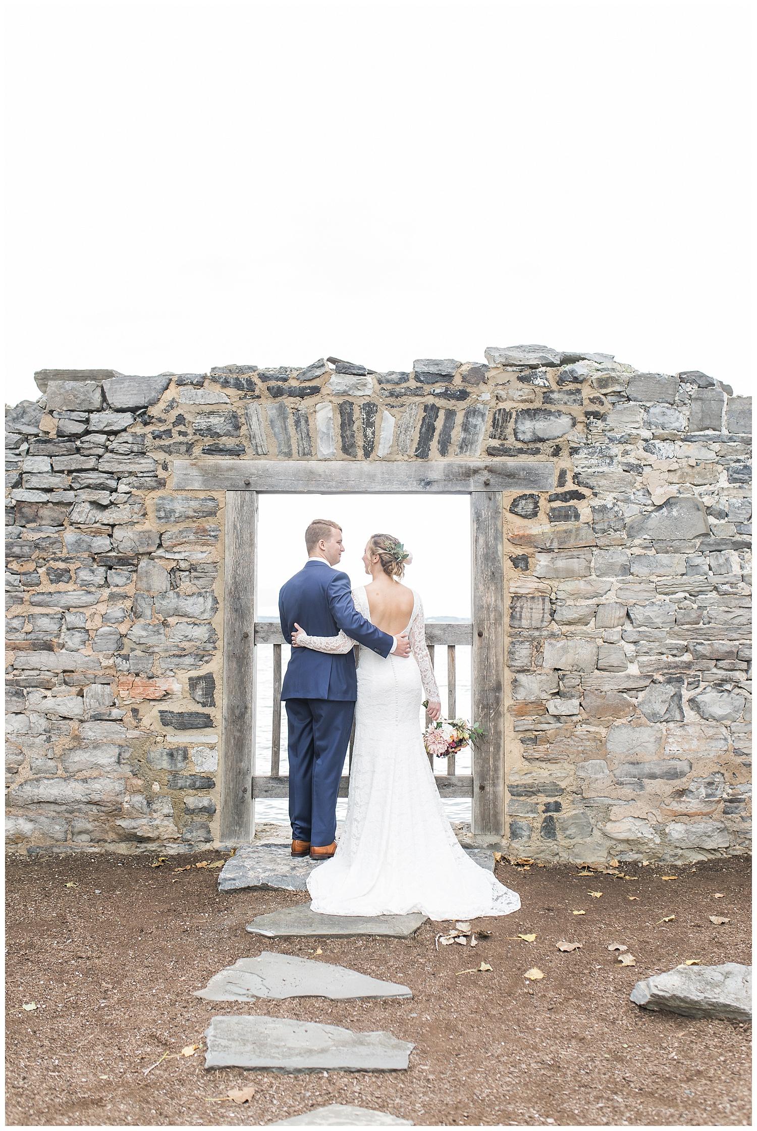 Margaret and Colin - Inns of Aurora - Lass and Beau-827_Buffalo wedding photography.jpg