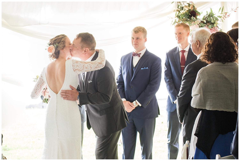 Margaret and Colin - Inns of Aurora - Lass and Beau-1046_Buffalo wedding photography.jpg