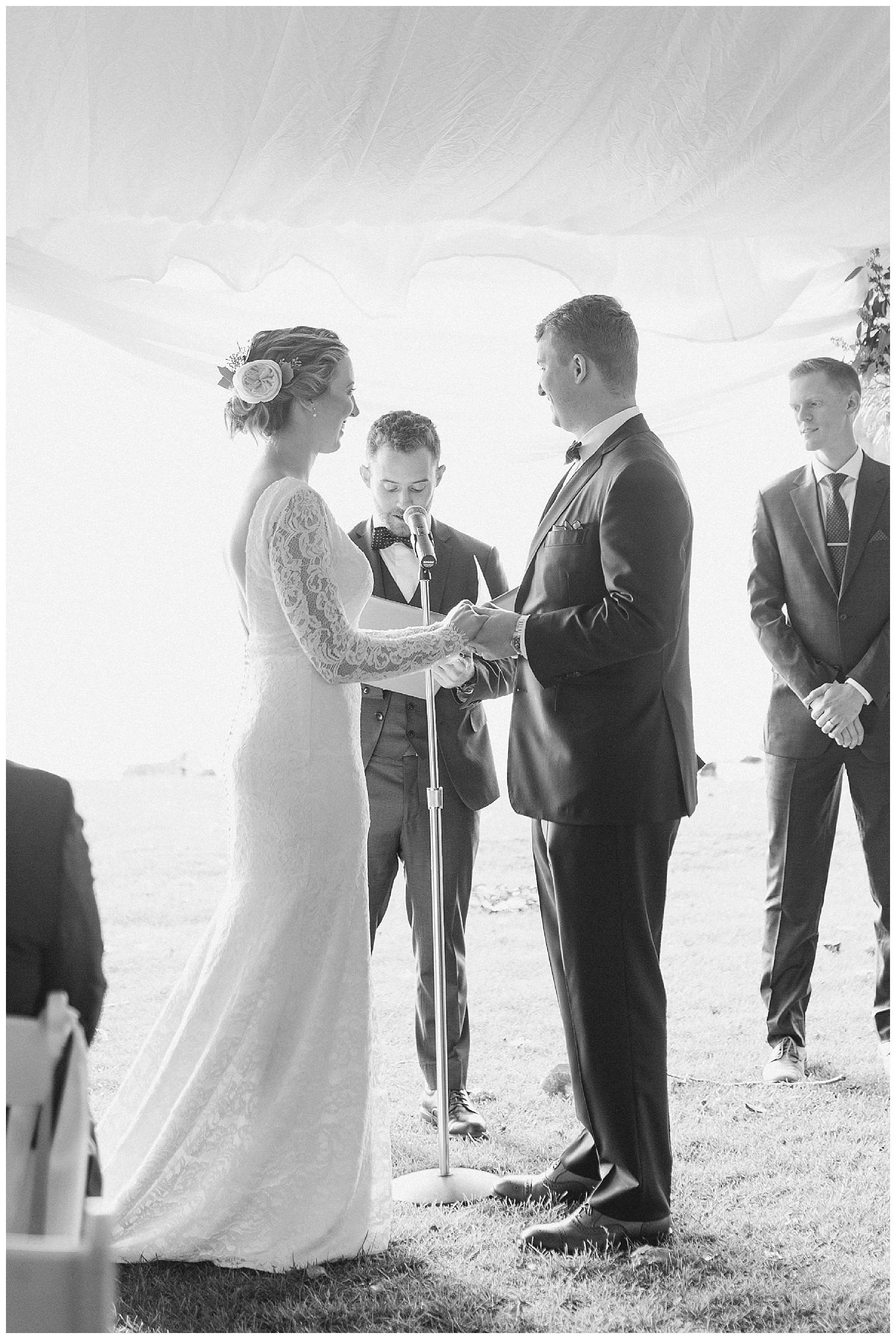 Margaret and Colin - Inns of Aurora - Lass and Beau-1073_Buffalo wedding photography.jpg