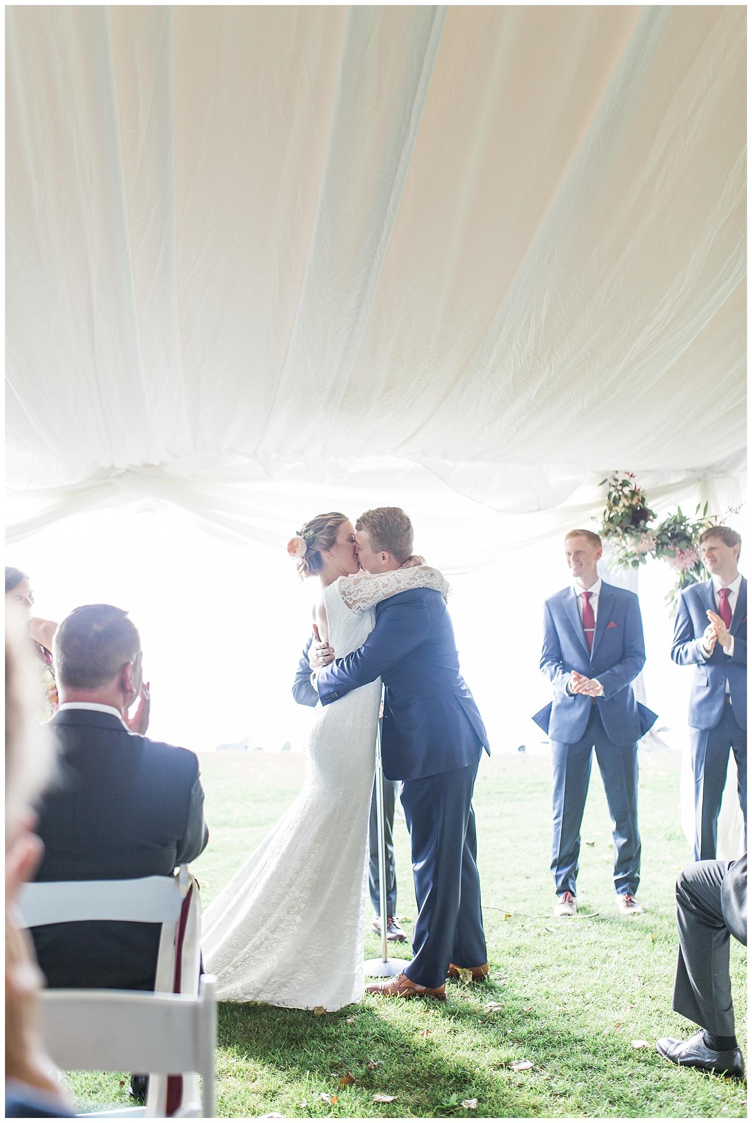 Margaret and Colin - Inns of Aurora - Lass and Beau-1077_Buffalo wedding photography.jpg