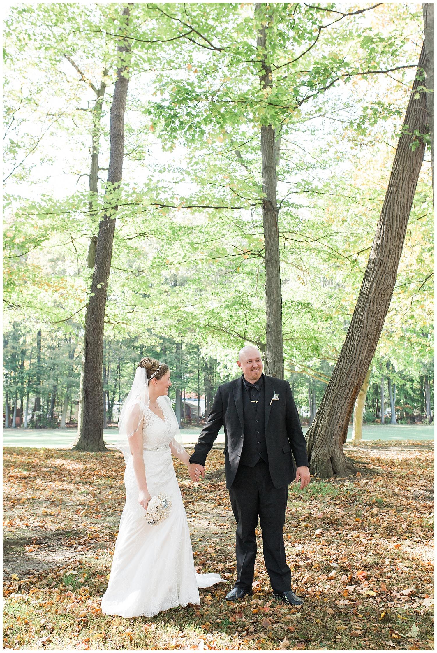 Jessica and Scott McKay - Terry Hills Golf Course - Batavia NY - Lass and Beau-317_Buffalo wedding photography.jpg