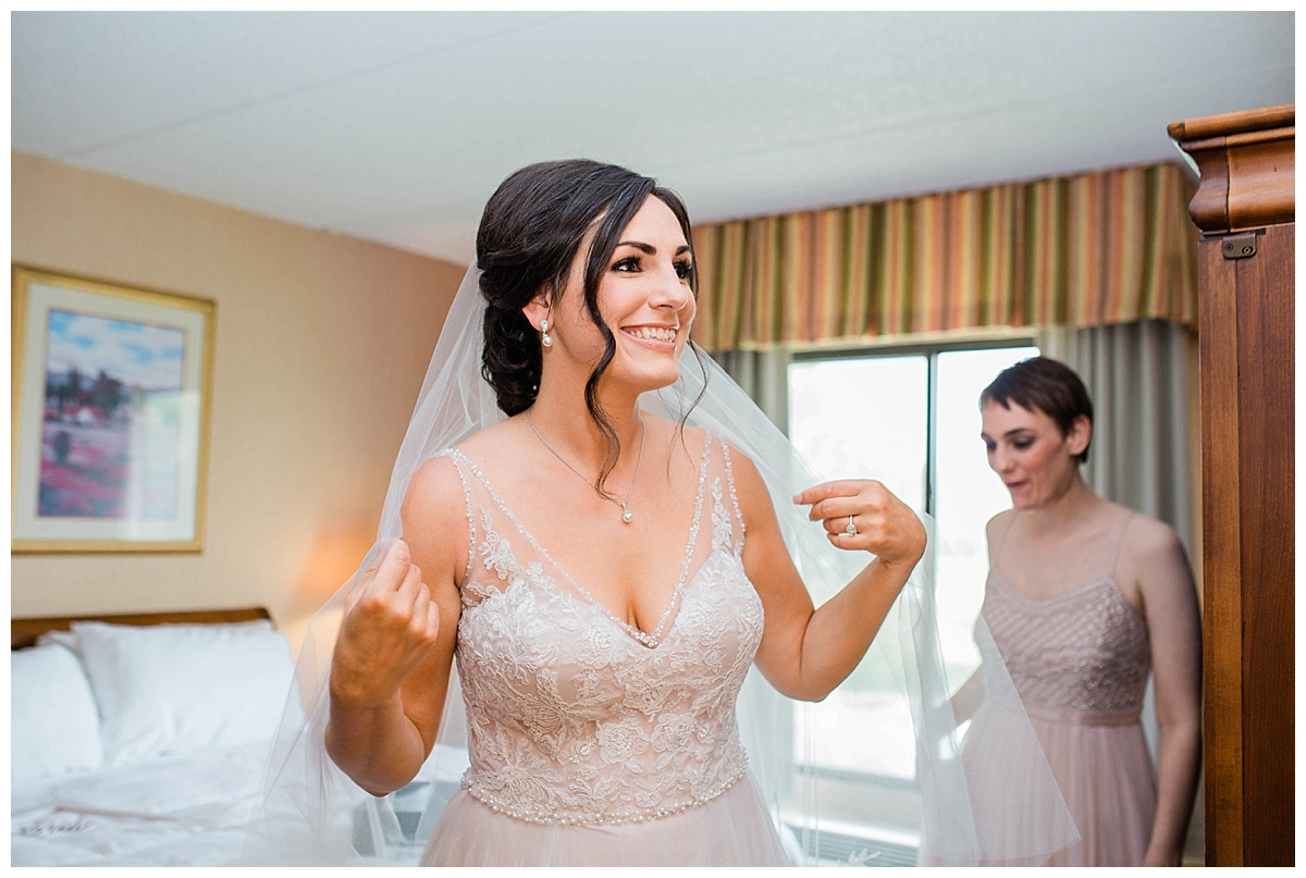 Rachel and Nick - Sonnenberg Gardens Wedding-104.jpg