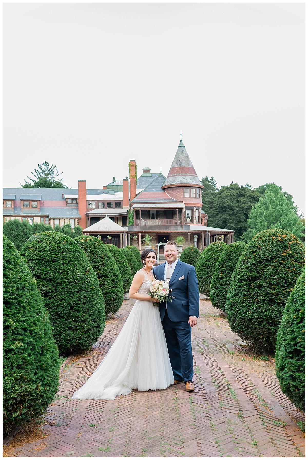 Rachel and Nick - Sonnenberg Gardens Wedding-380.jpg