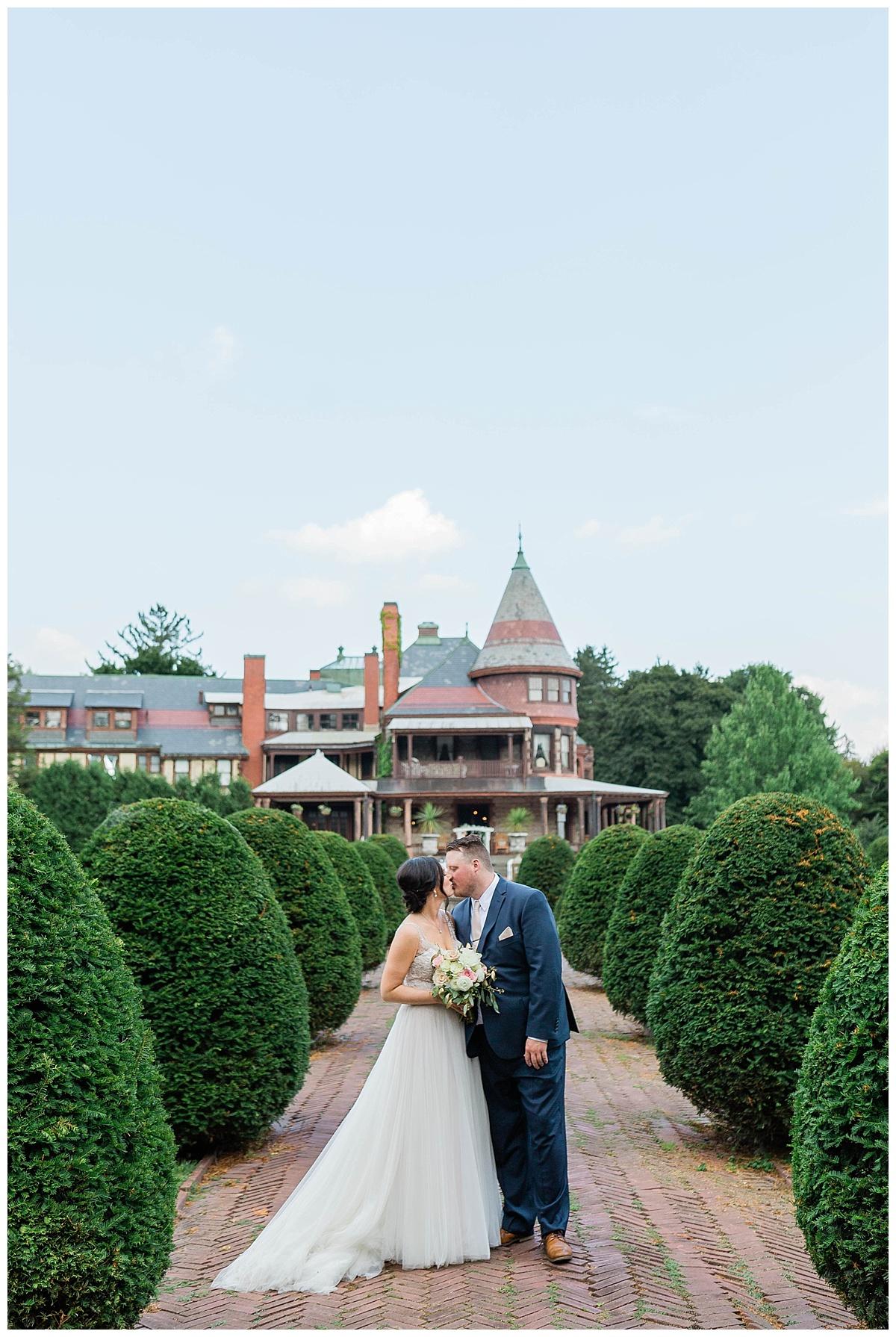 Rachel and Nick - Sonnenberg Gardens Wedding-387.jpg