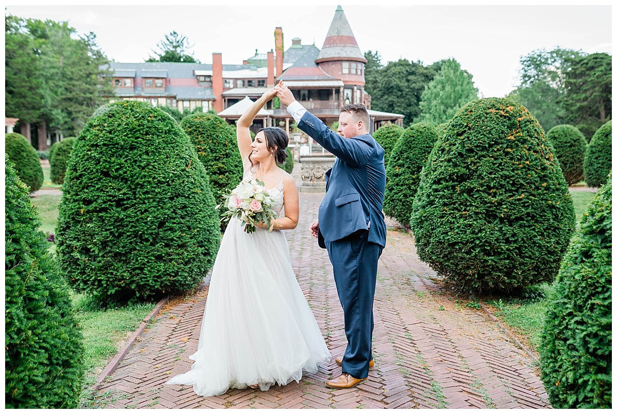 Rachel and Nick - Sonnenberg Gardens Wedding-396.jpg
