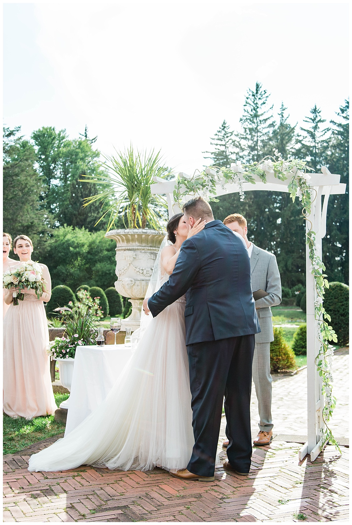 Rachel and Nick - Sonnenberg Gardens Wedding-626.jpg