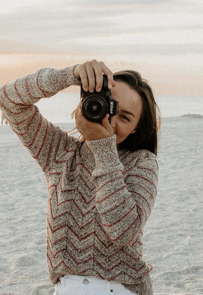 Kaitlyn Trindade Taking Photo