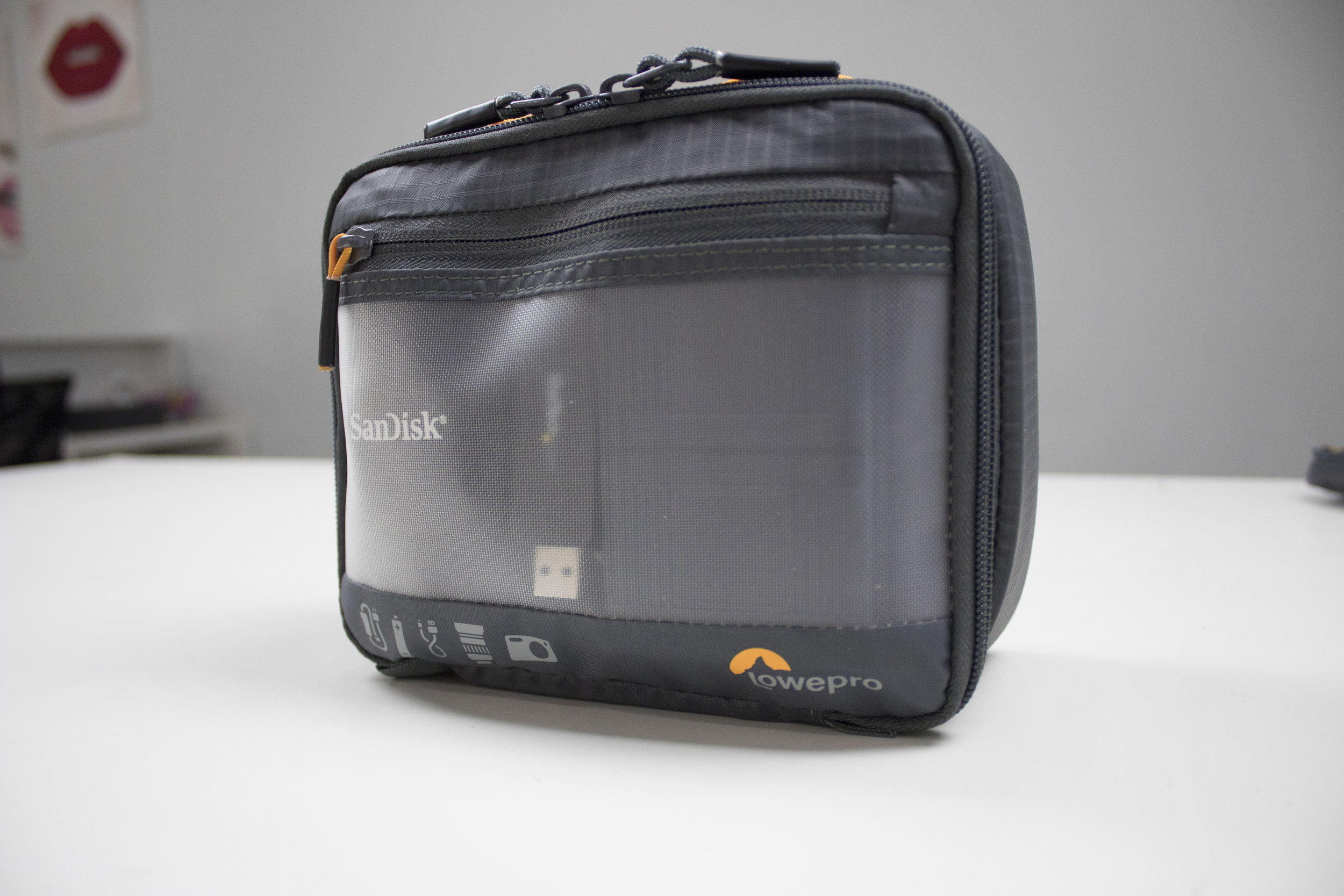 180201_Lowepro_GearUp_CameraBox_2.jpg
