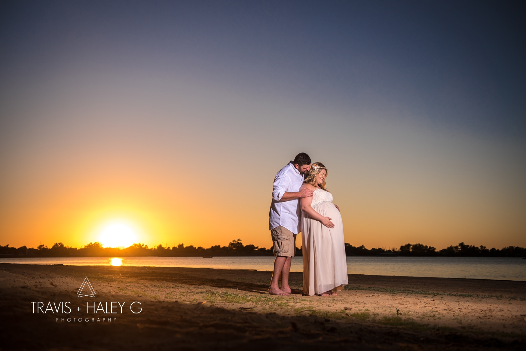 oklahoma-maternity-photographers-lake-hefner-travis-and-haley-g