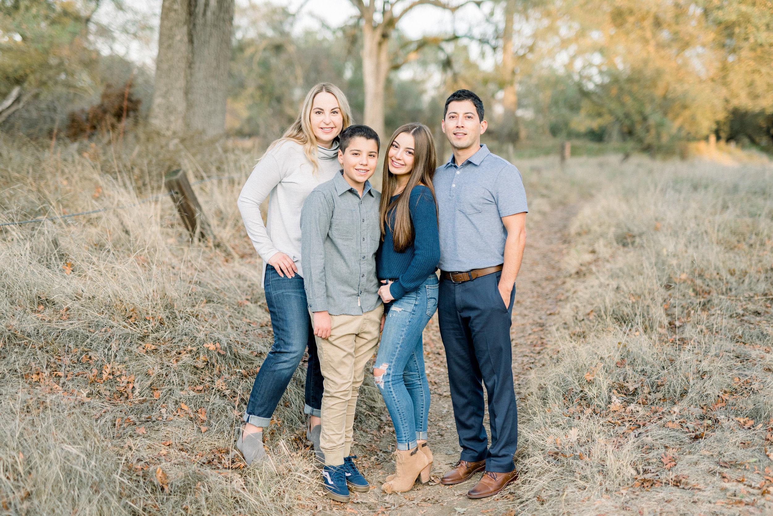 Meg family-9300.jpg