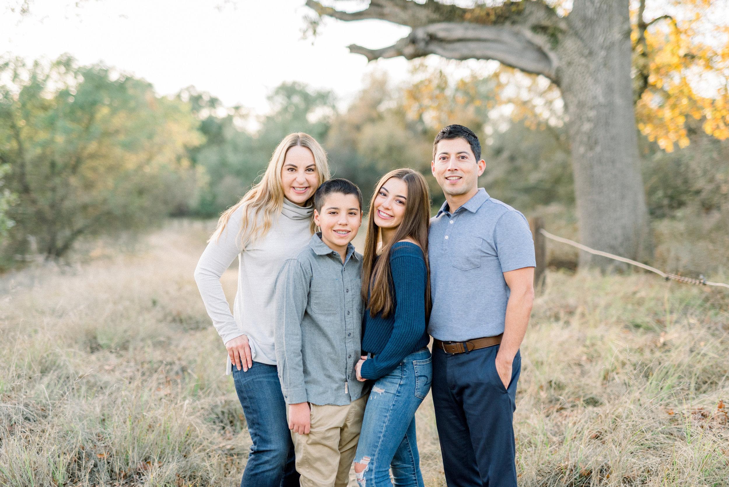Meg family-9269.jpg