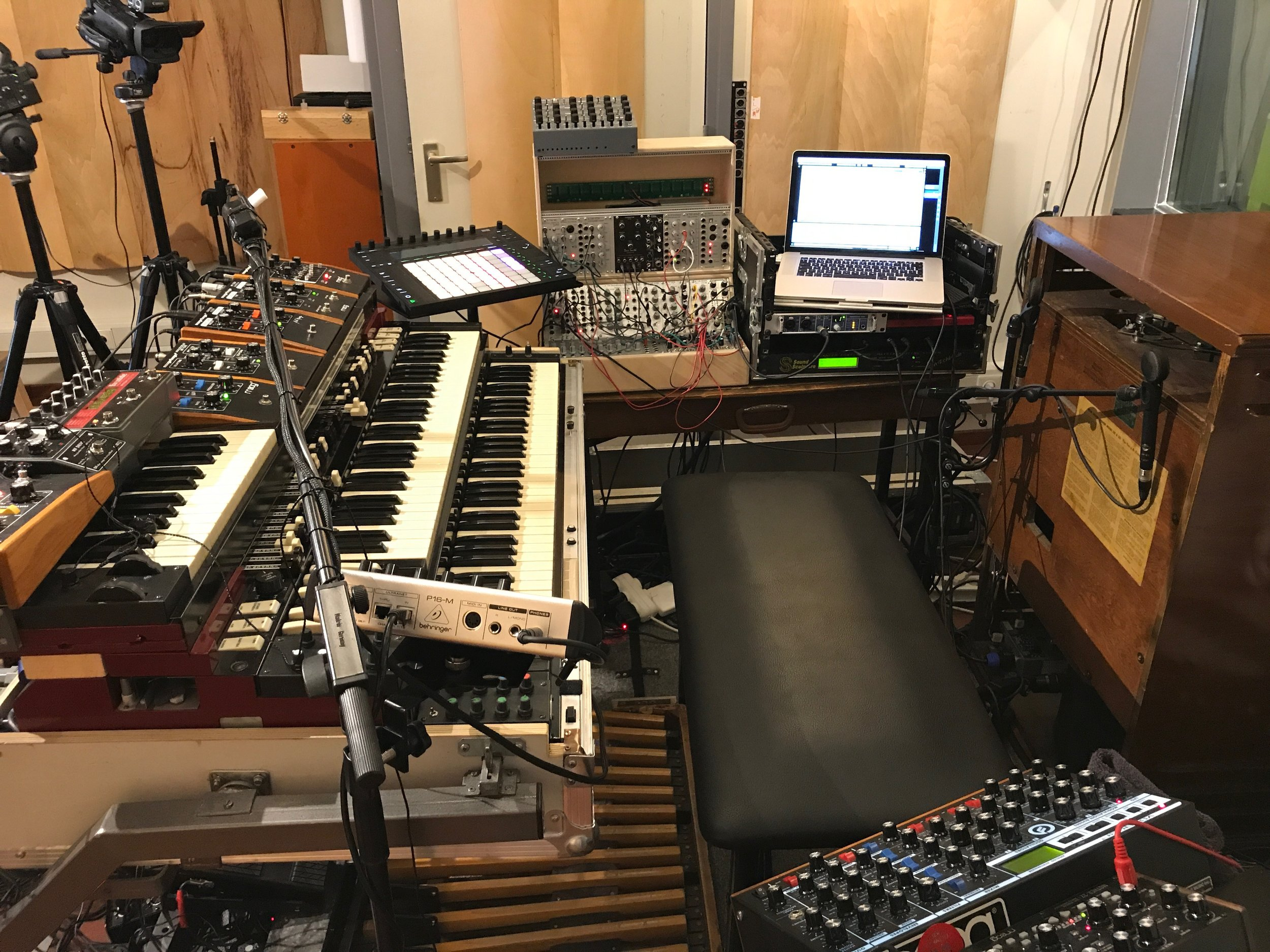 Modular Hammond setup