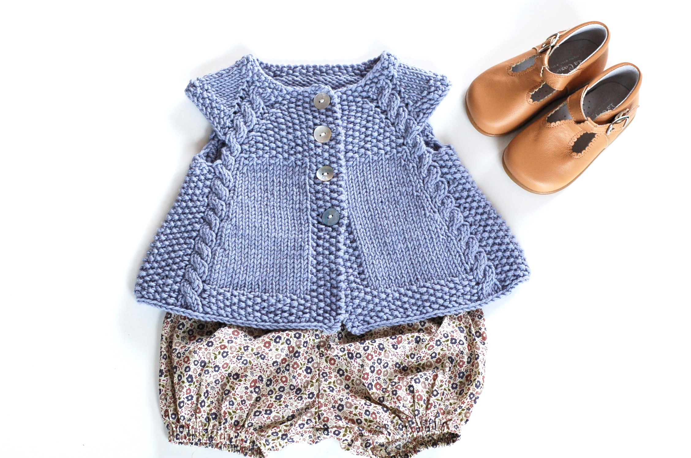 Powder Blue by Frogginette Knitting Patterns