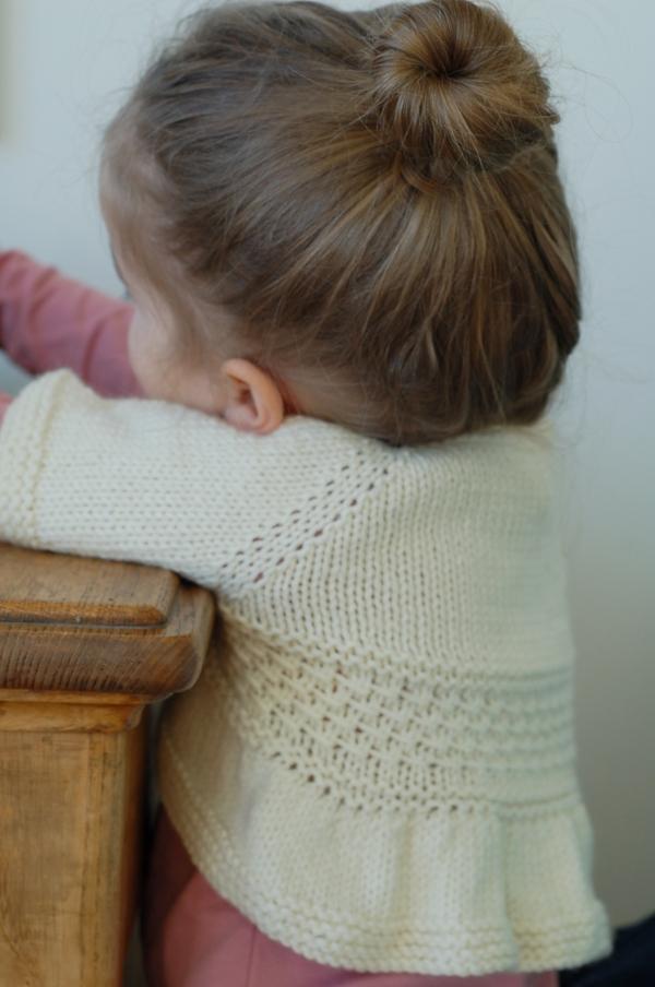 Entrechat knitting pattern by Frogginette Knitting Patterns