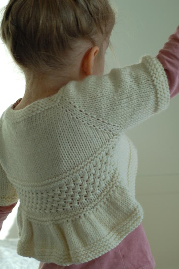 Entrechat knitting pattern (long sleeve hack) by Frogginette Knitting Patterns