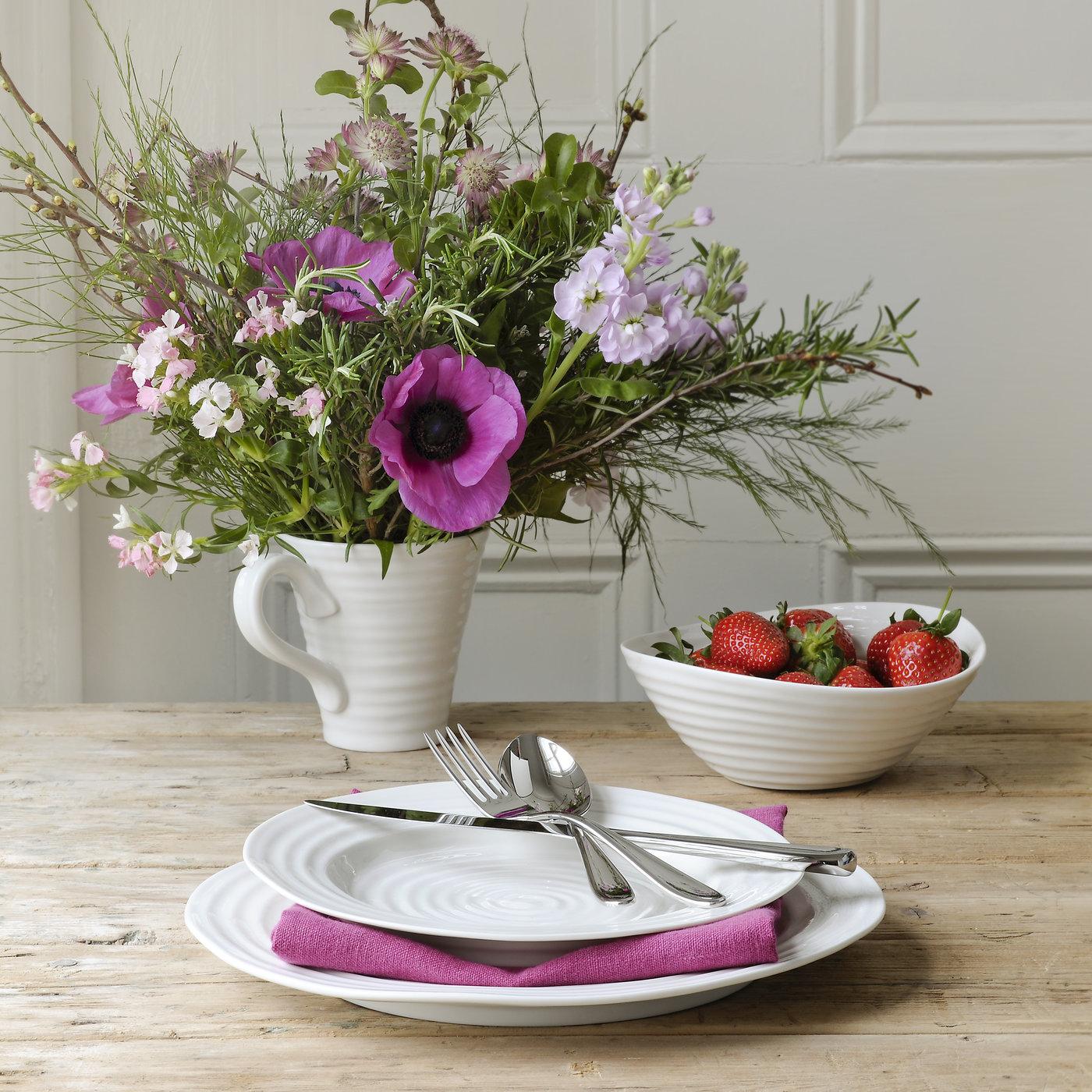Sophie Conran servise med blomster