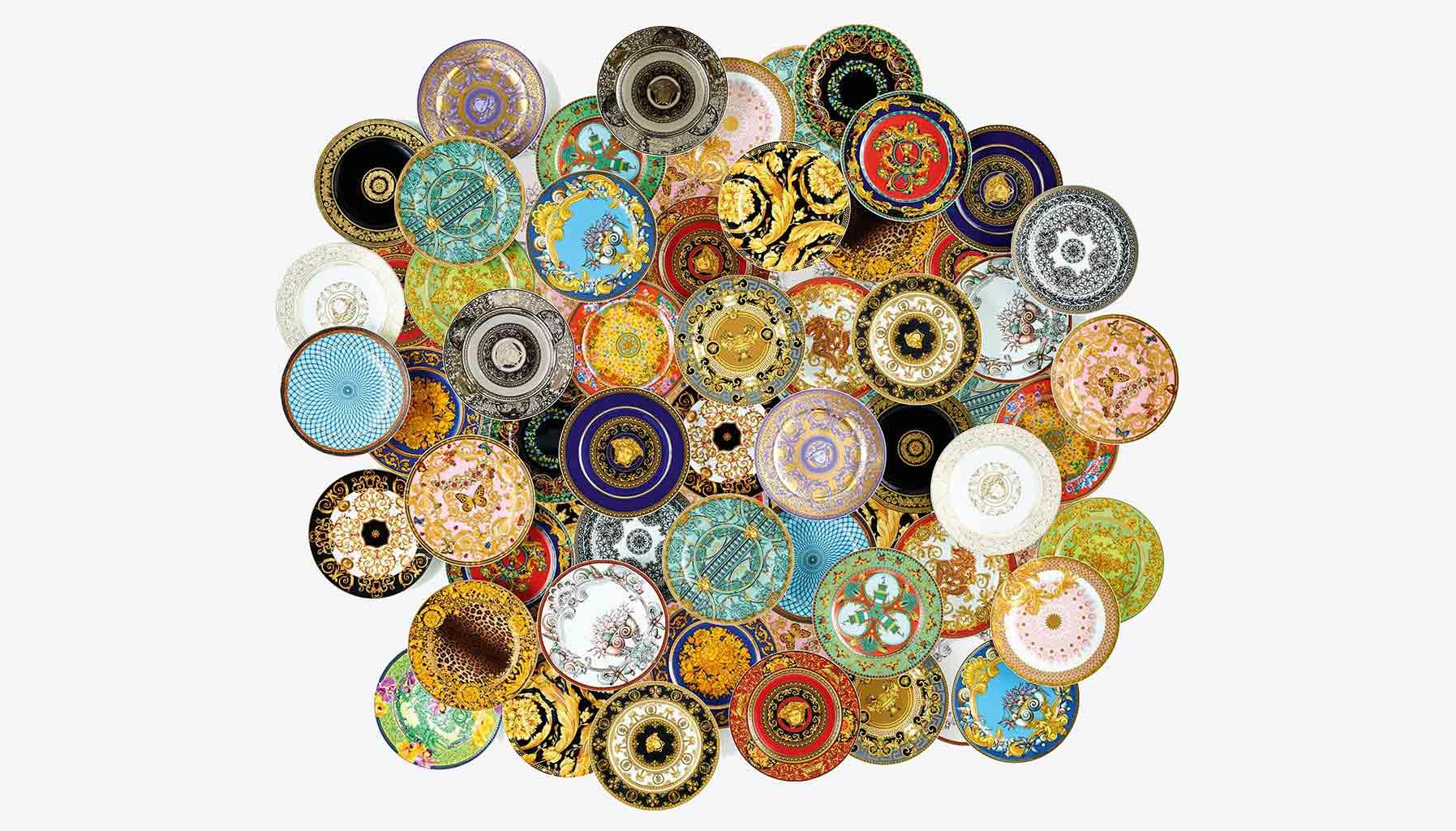 25 års samarbeid mellom Rosenthal og Versace har resultert i en stor samling fantastiske mønstre.