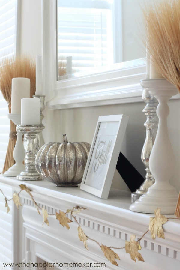 fall-mantel-close-happierhomemaker.jpg