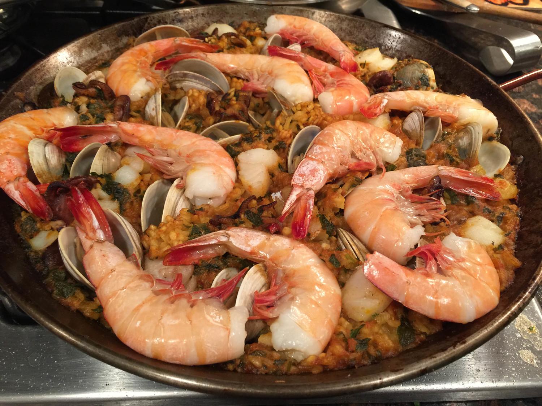 Chiringuito Seafood Paella recipe ...