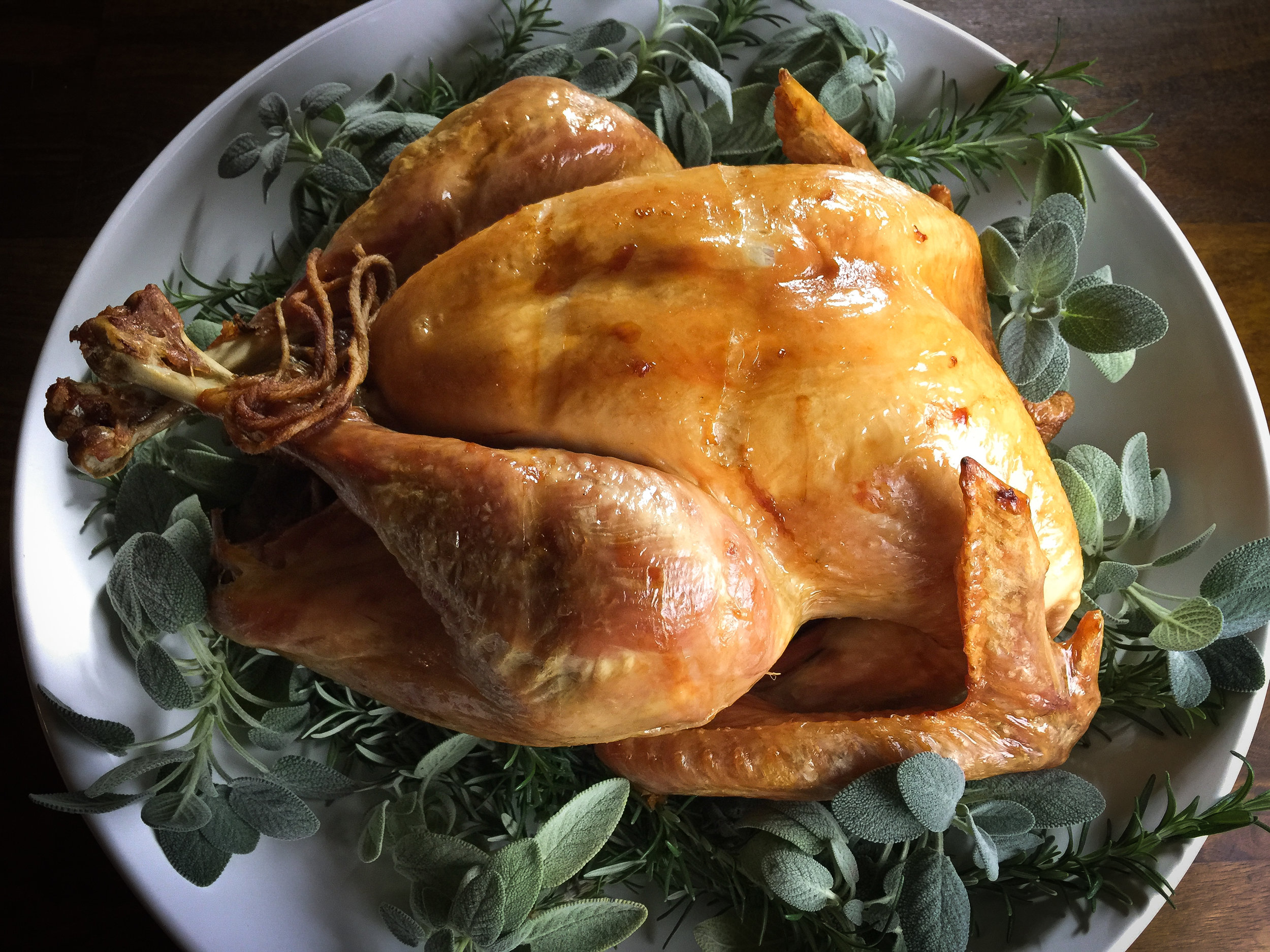 Dry-brined roast turkey
