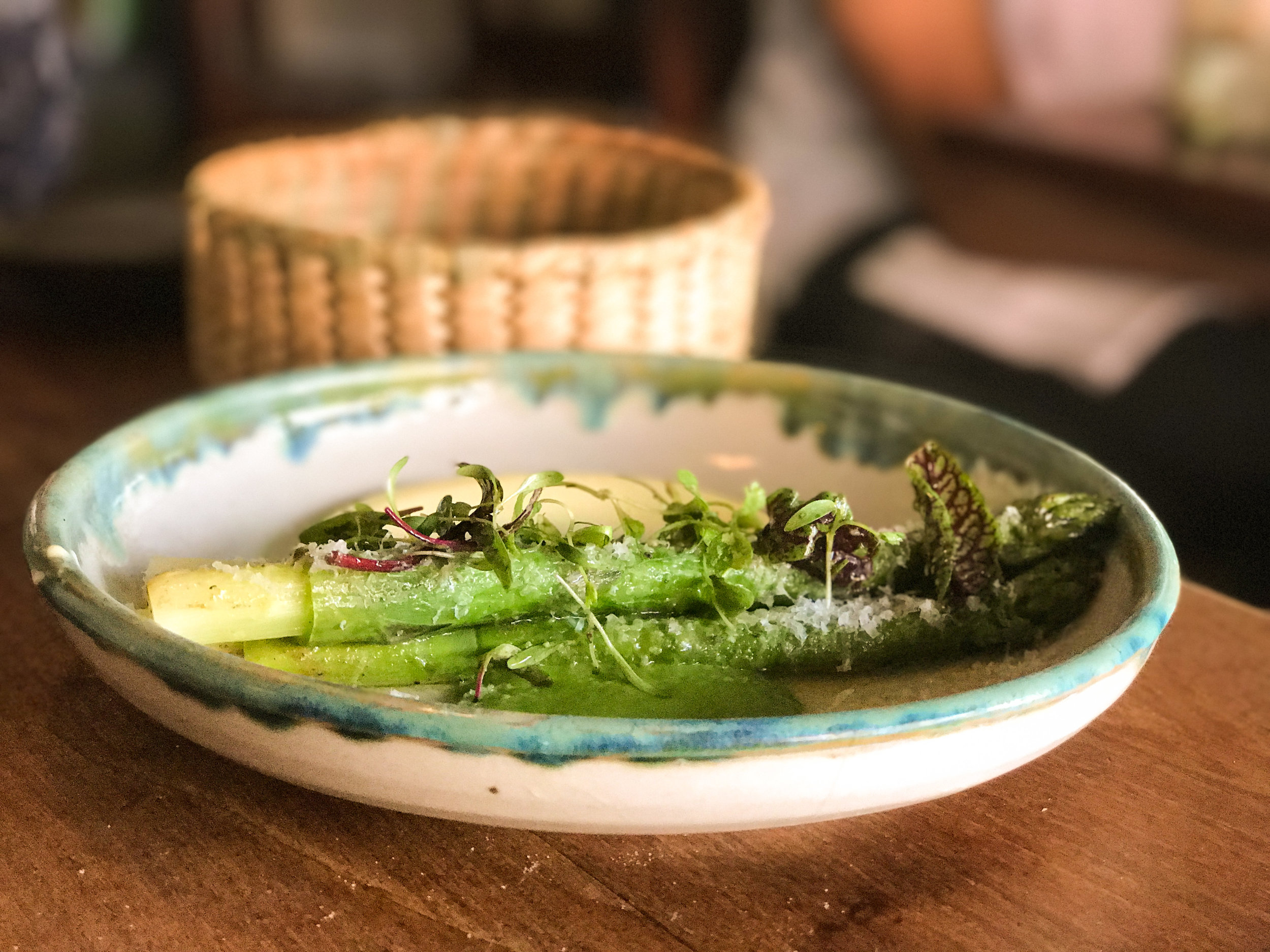 Maximo Bistro's asparagus with hollandaise and pea puree