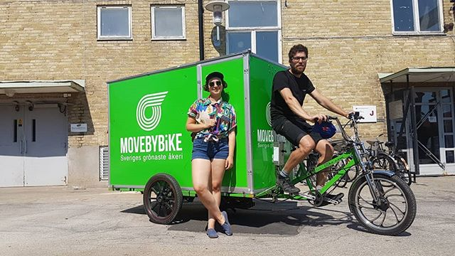 @movebybike helping us transport all our stuff