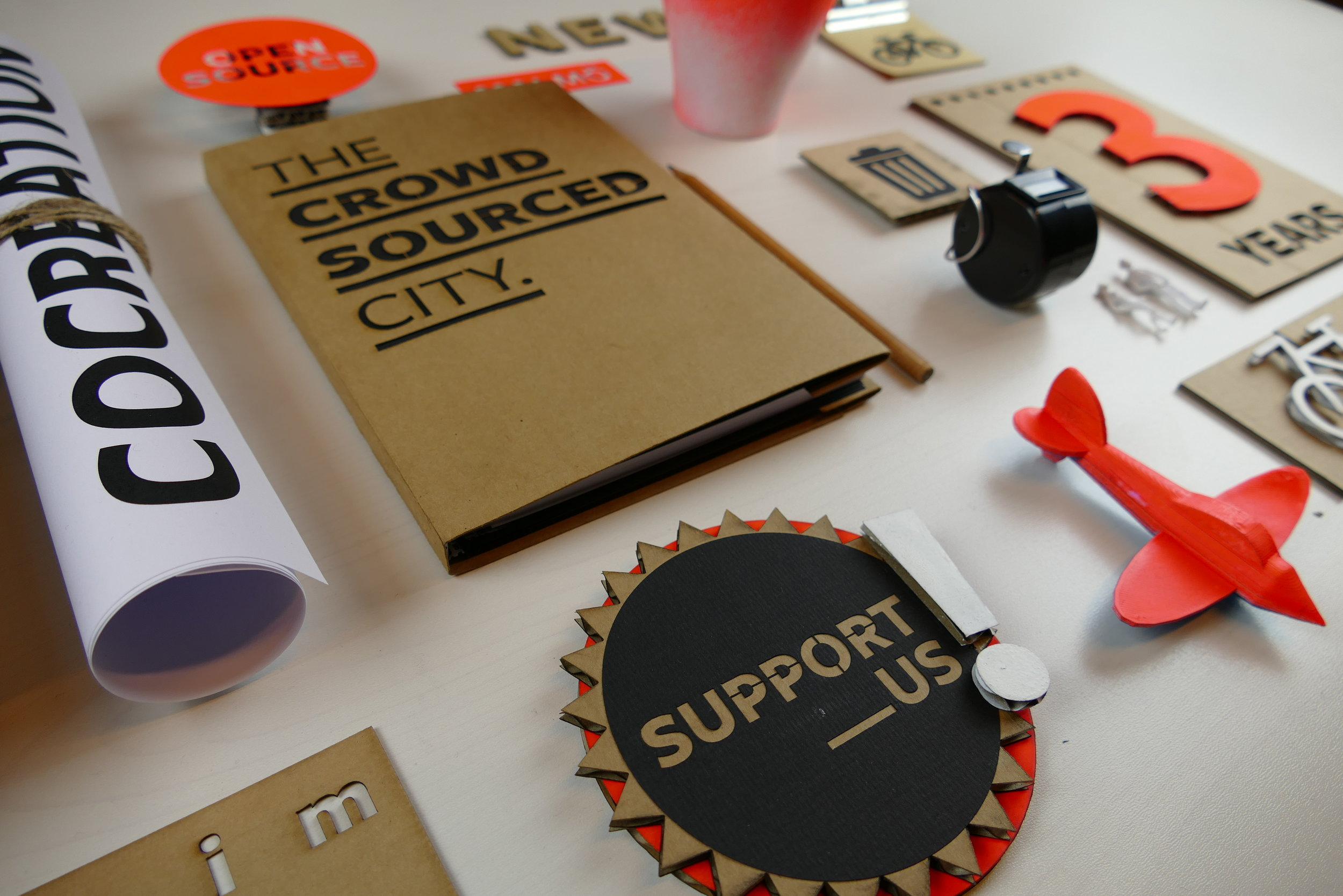 - THE CROWDSOURCED CITYA book about collective intelligence, co-creation and shared space making.